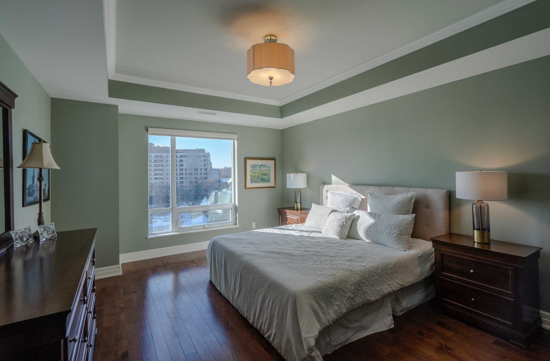 #801 - 30 Old Mill Rd, Toronto W4673438