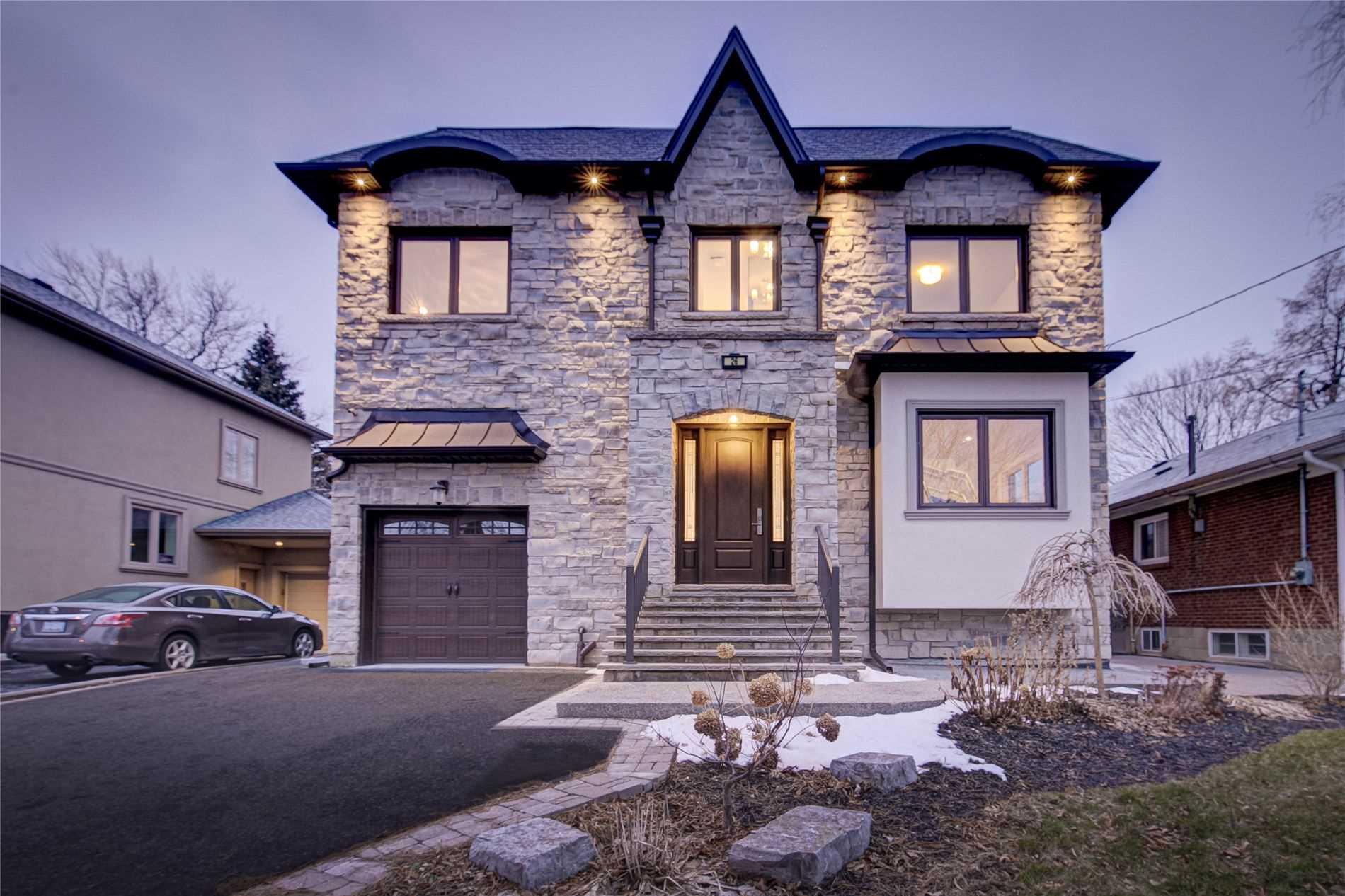 26 Shadowbrook Dr, Toronto W4680076