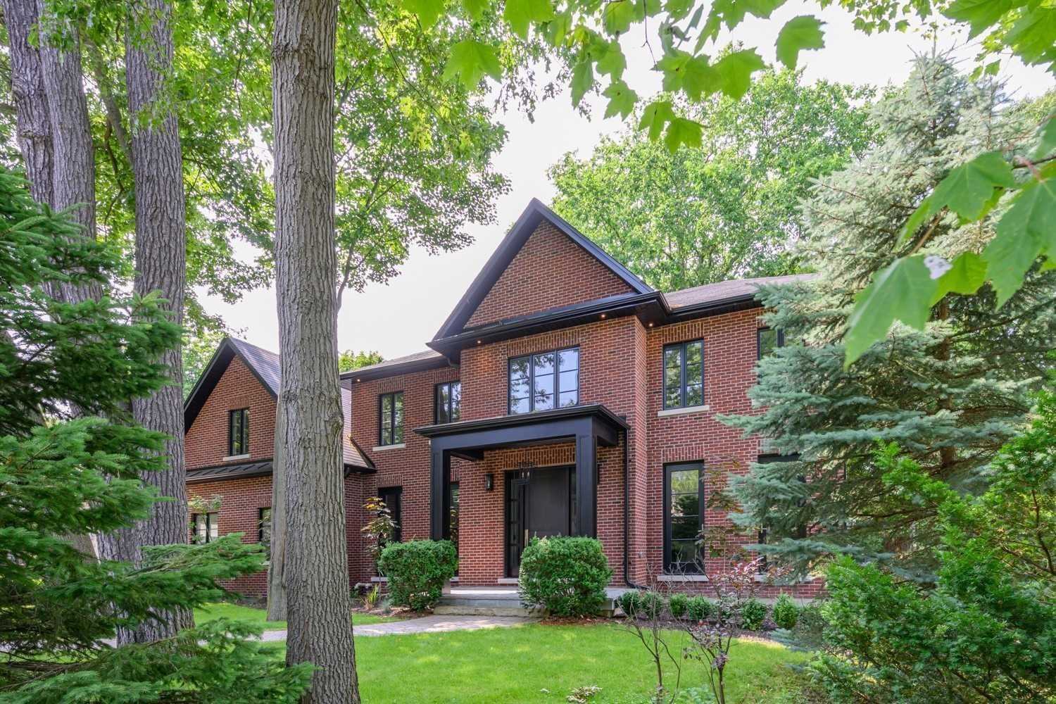 256 Donnelly Dr, Mississauga W4681099