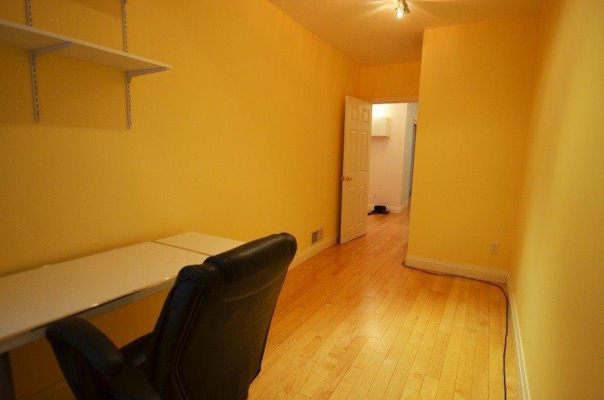 3065 Dundas St W, Toronto W4682196