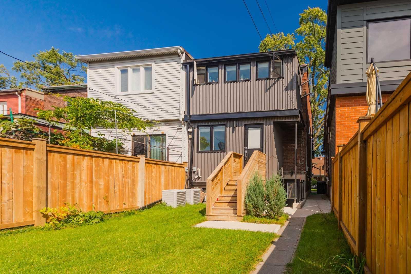 600 St Clarens Ave, Toronto W4683255