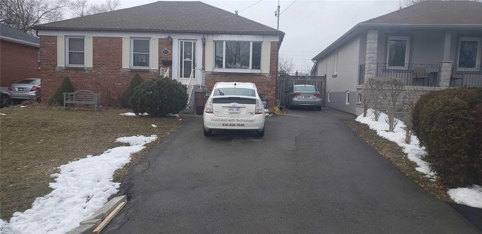 573 Exbury ( Unit 2) Cres, Mississauga W4684623