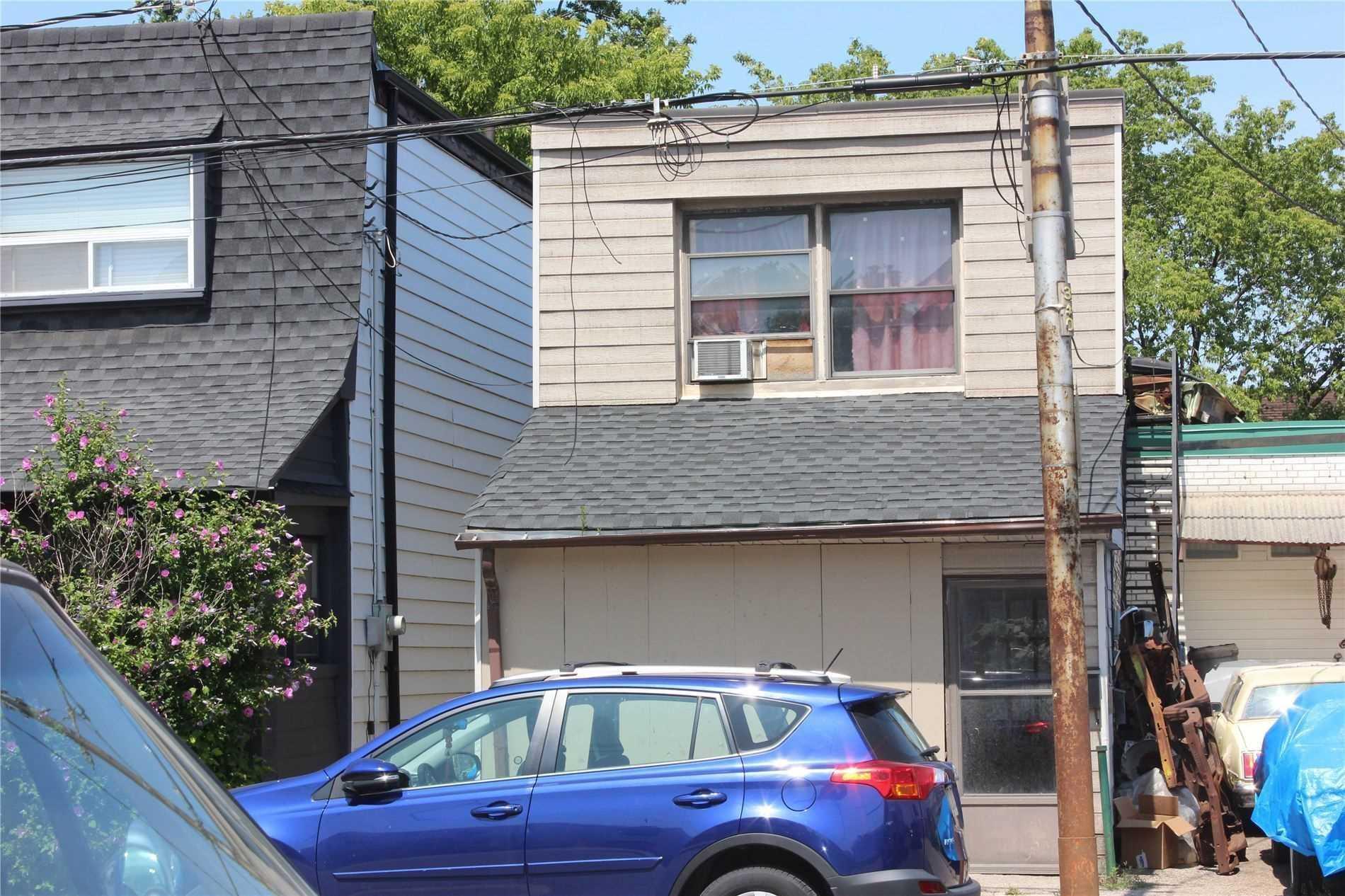 1074 Dupont St, Toronto, M6H1Z6