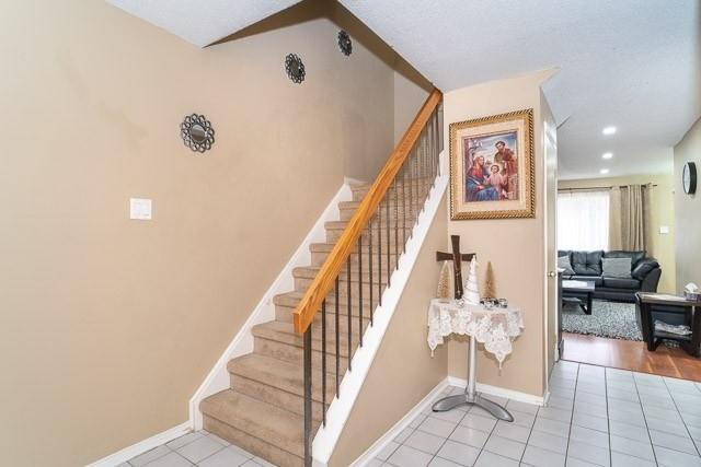 #15 - 1039 Cedarglen Gate, Mississauga W4685283