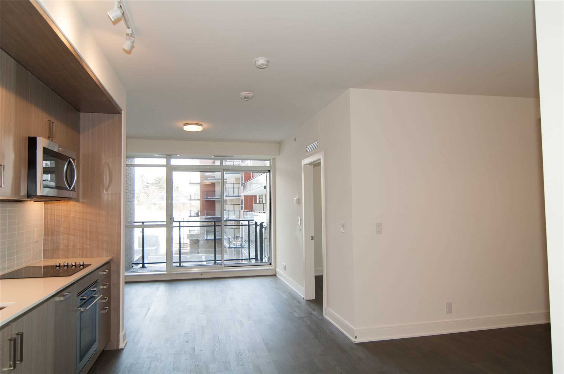 #240 - 1575 Lakeshore Rd W, Mississauga W4686551