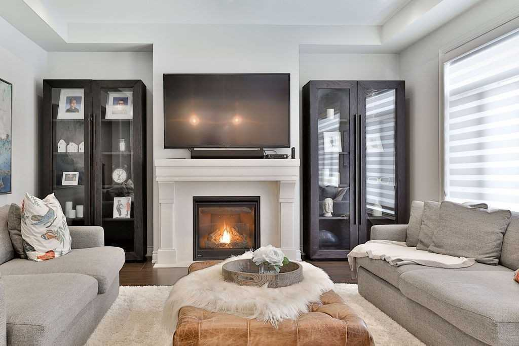 3105 Millicent Ave, Oakville W4689269