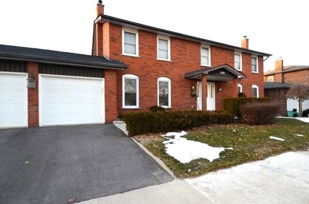 209 Louis Dr, Mississauga W4690575