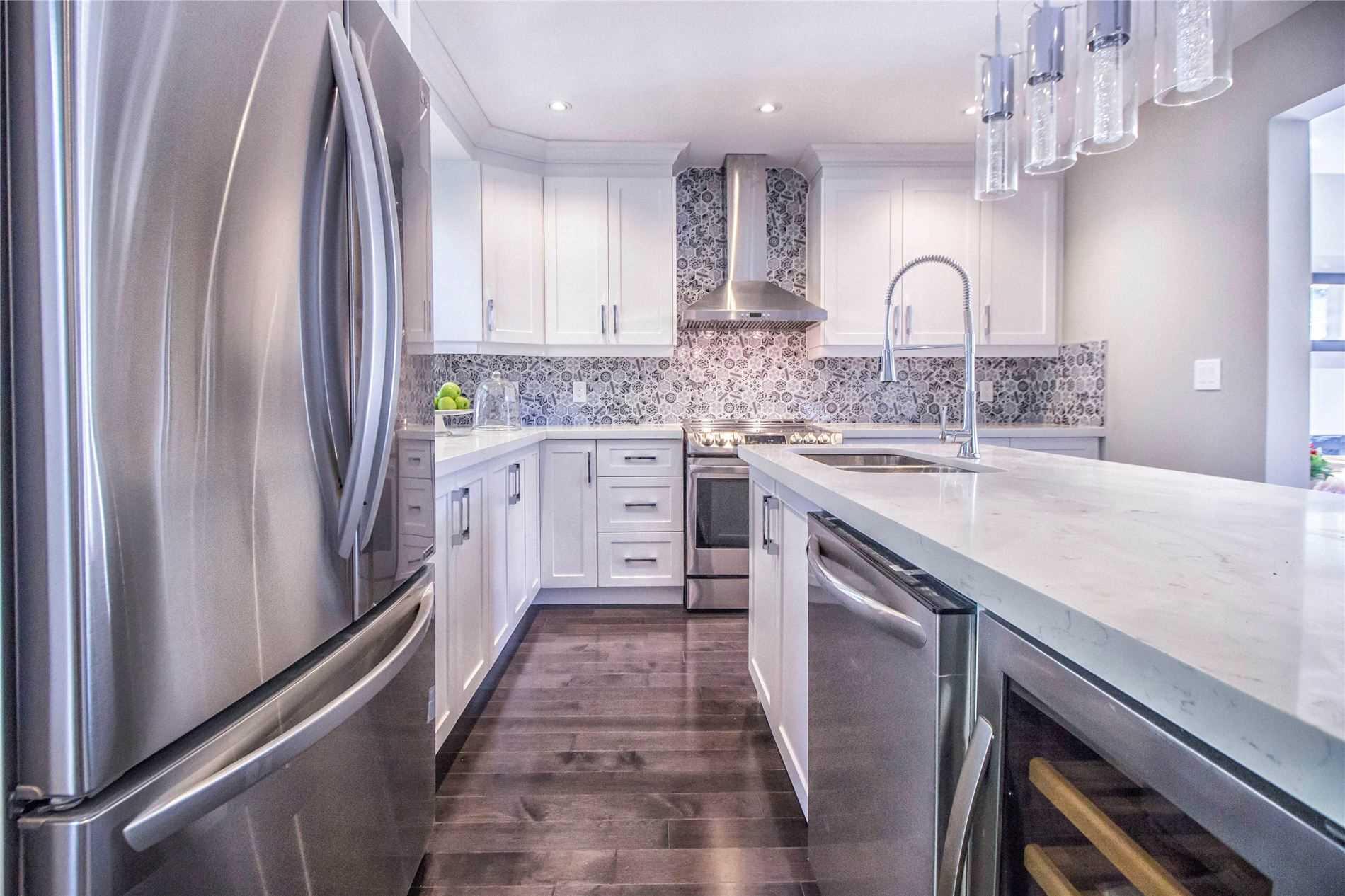 4 Greenmount Rd, Toronto W4692260