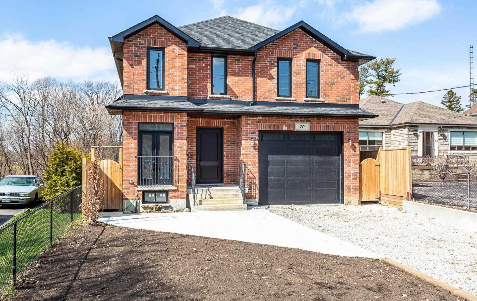 70 Gracefield Ave, Toronto, M6L1L1