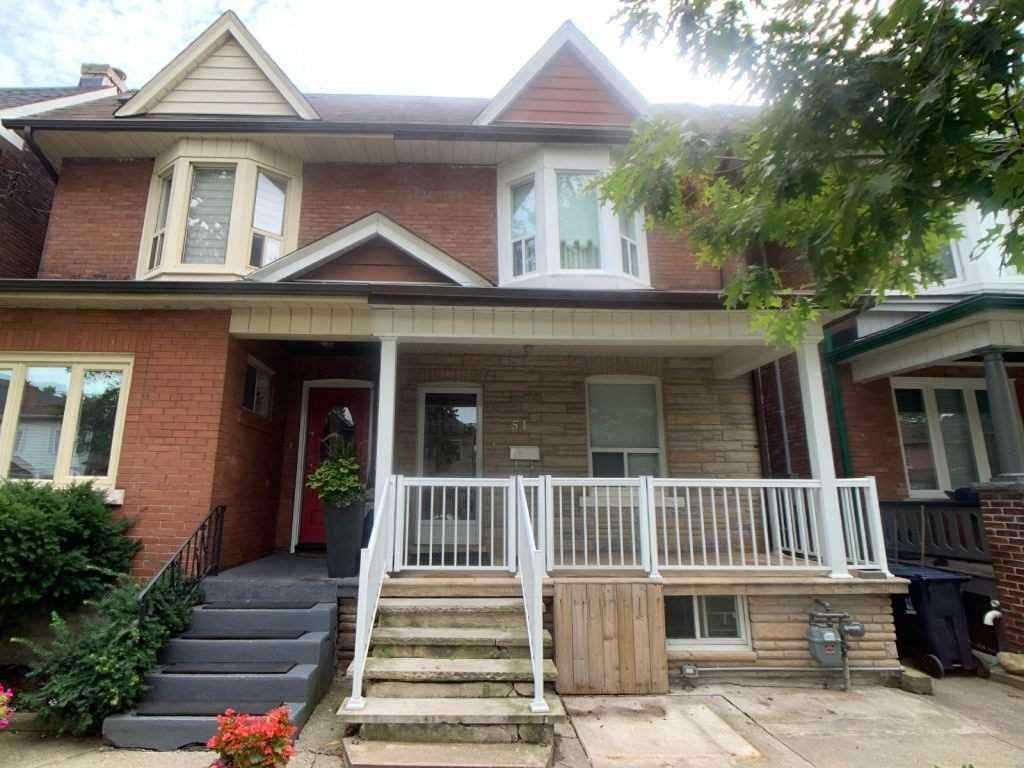 51 Vernon St, Toronto, M6P1S9