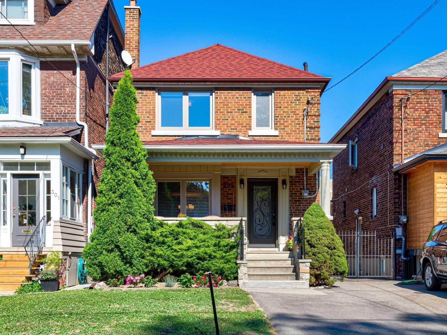 299 High Park Ave, Toronto, M6P2S8