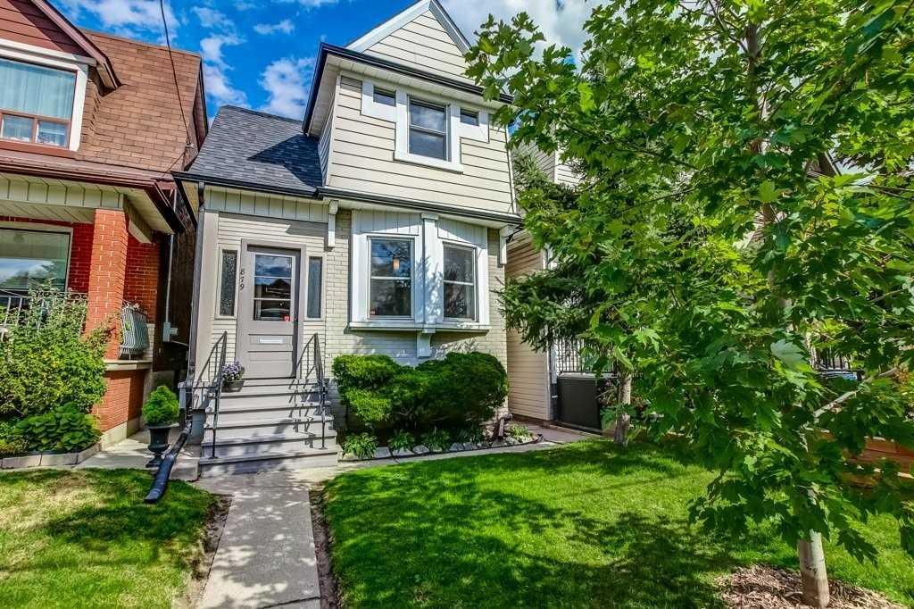 879 Lansdowne Ave, Toronto, M6H3Z2