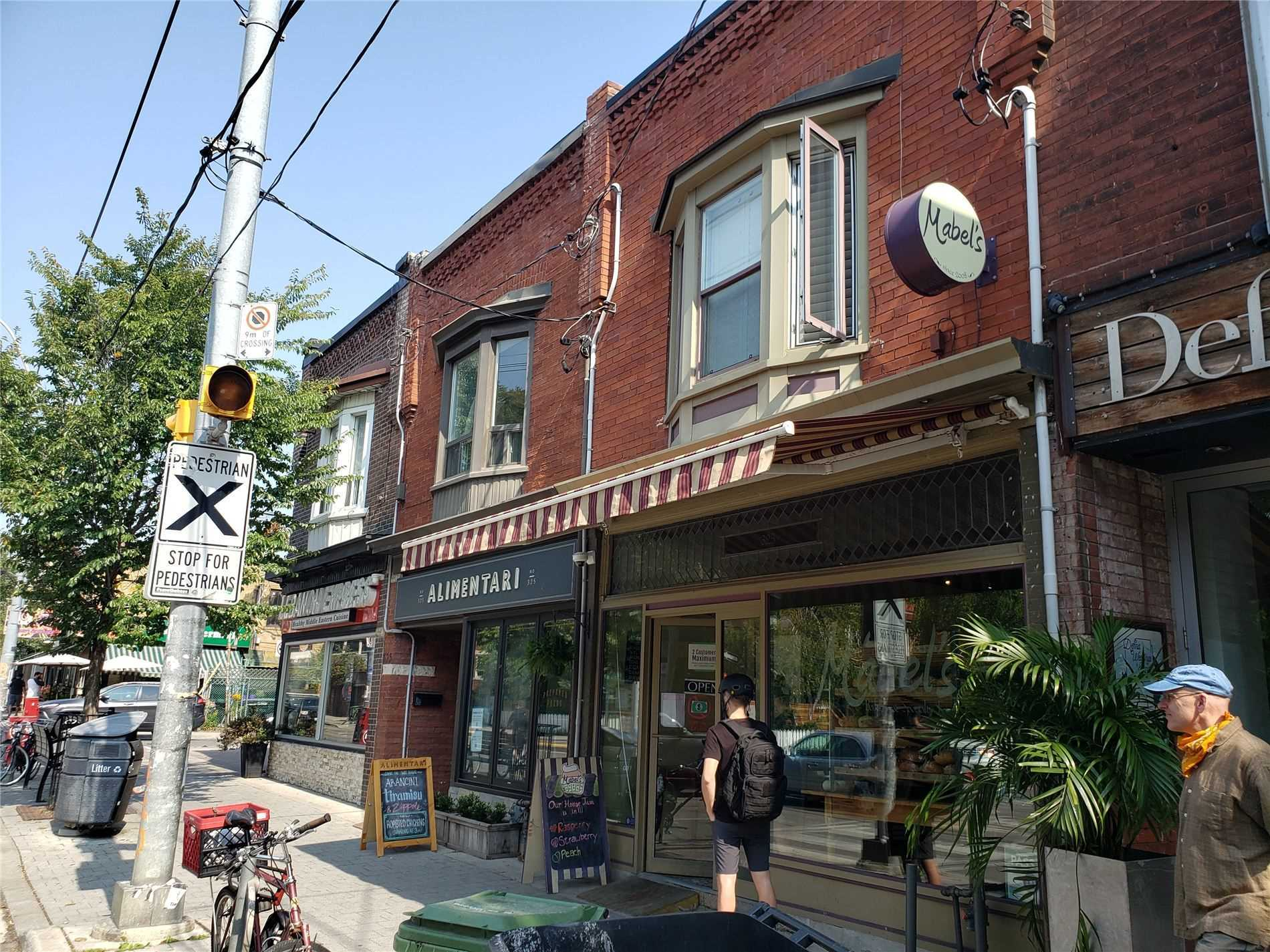 323-roncesvalles-ave