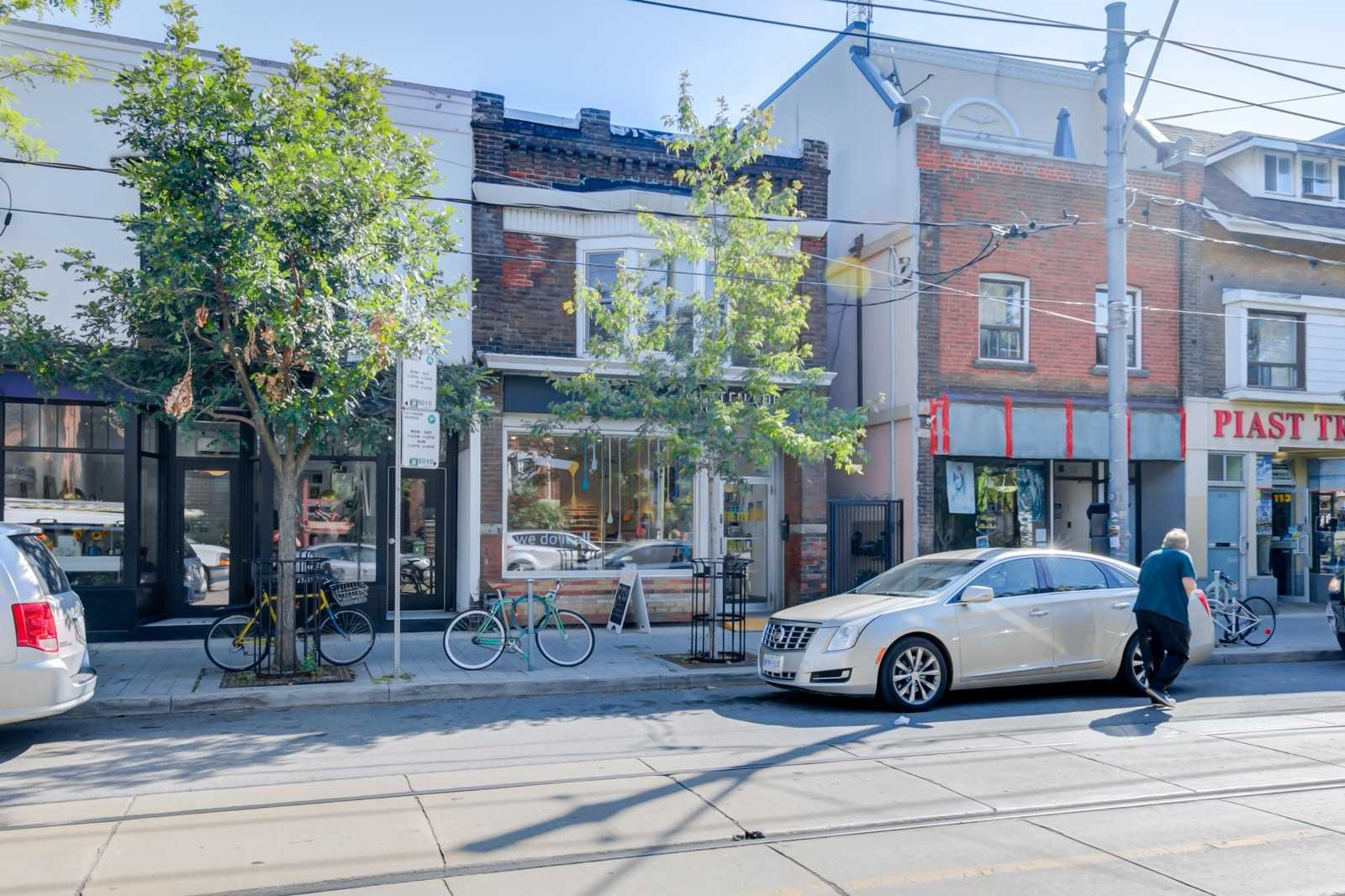 117-roncesvalles-ave