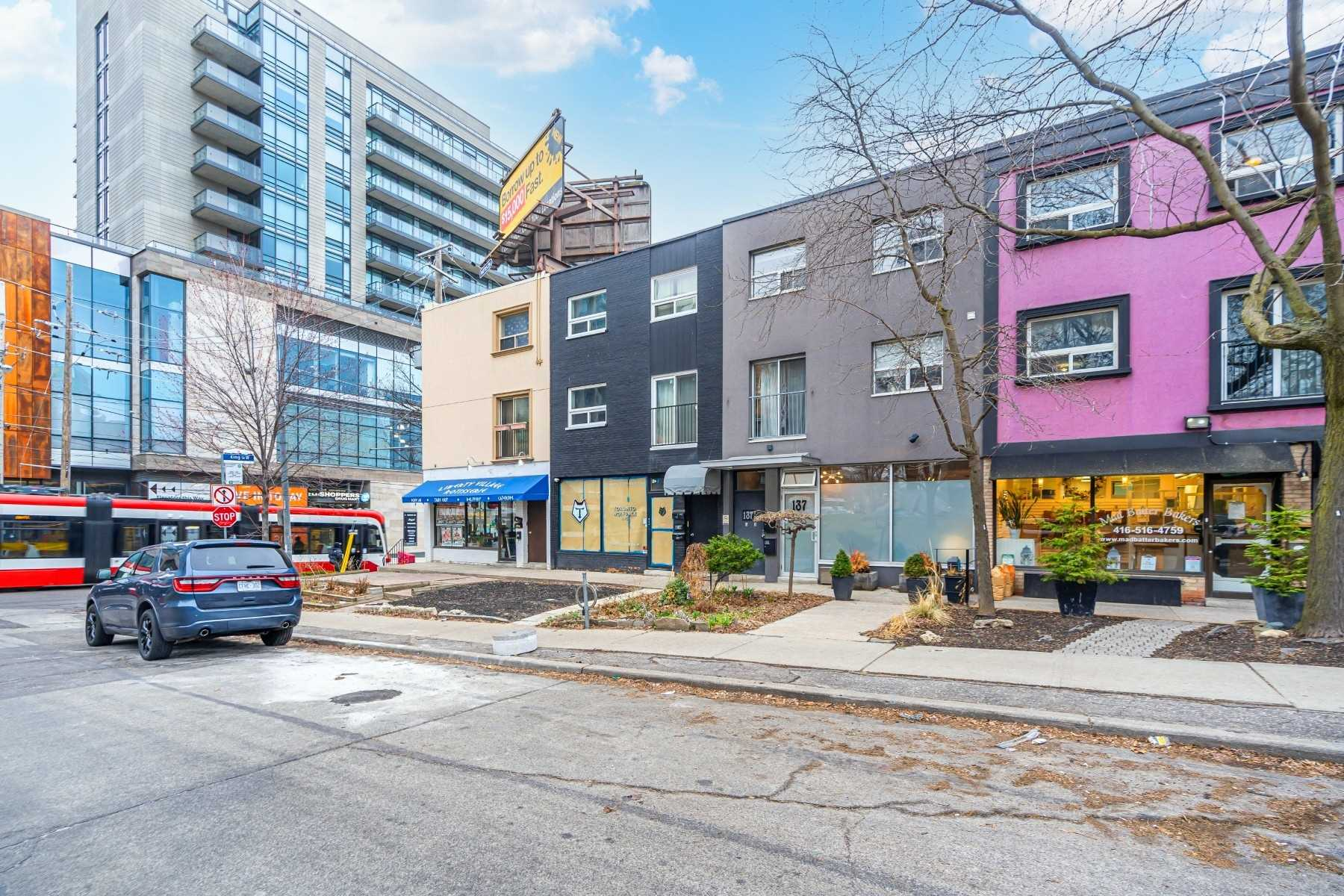 137 Jefferson Ave, Toronto, M6K3E4