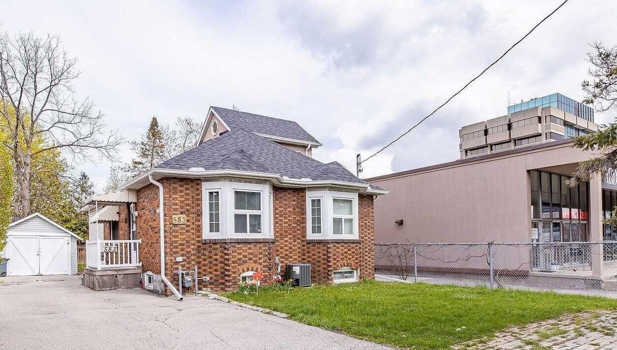 583 Burnhamthorpe Rd, Toronto, M9C2Y3