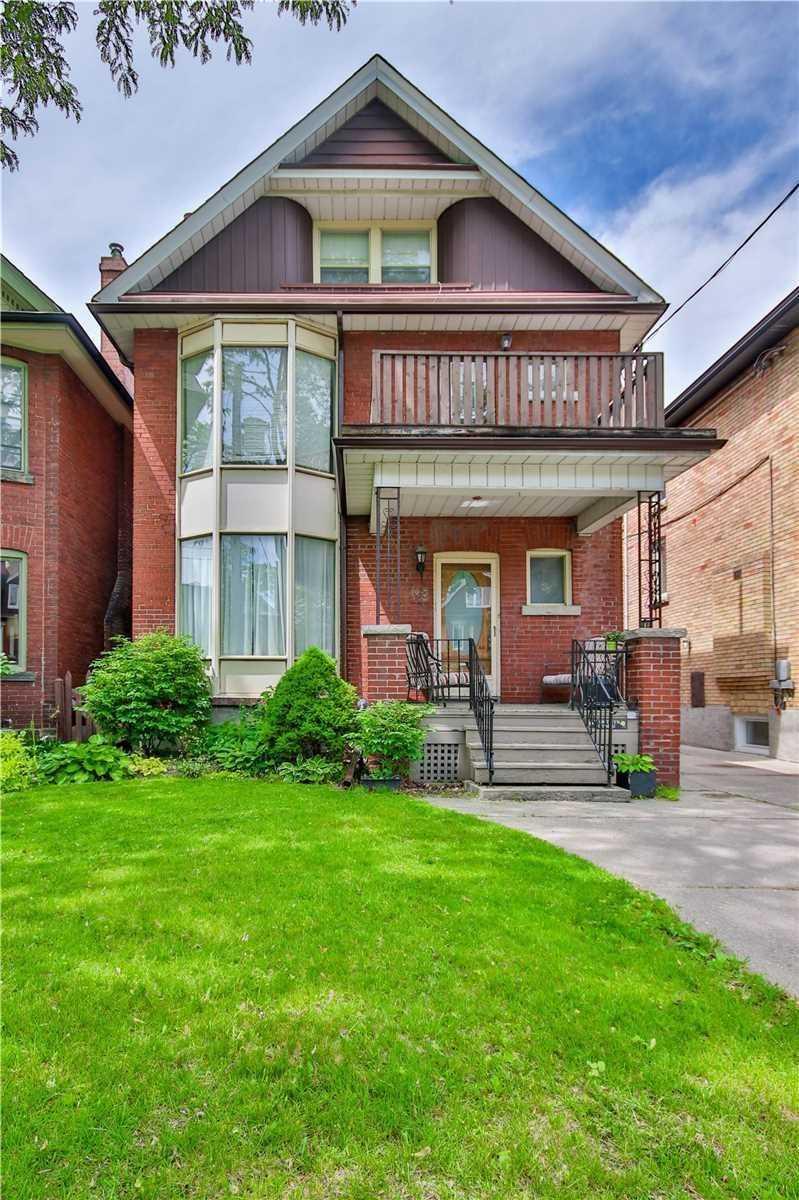 148 Medland St, Toronto, M6P2N5