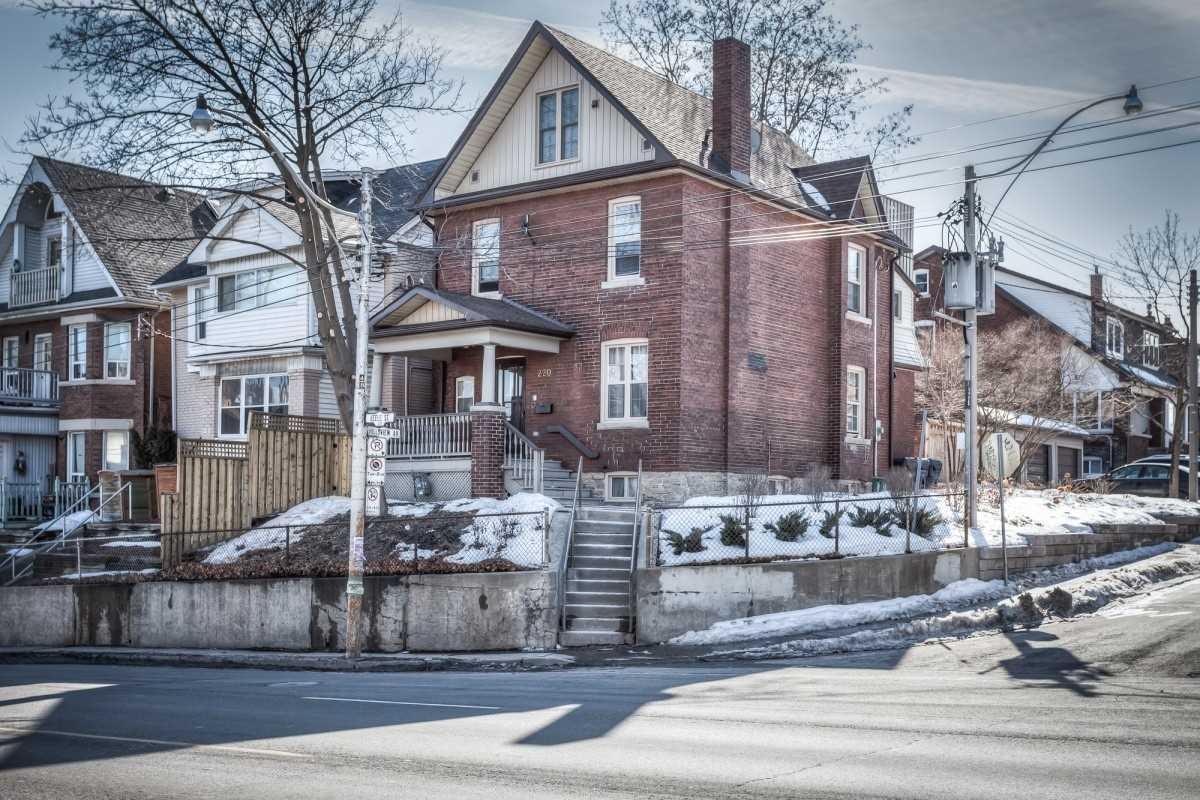 220 Keele St, Toronto, M6P2K2