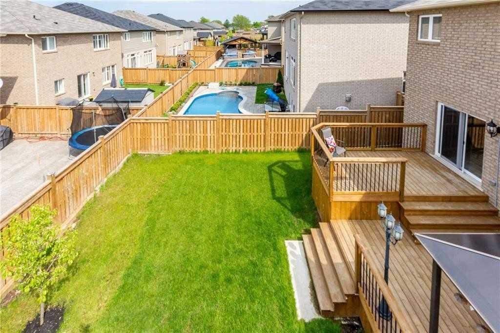 9 Carpenter Crt, Grimsby X4464929