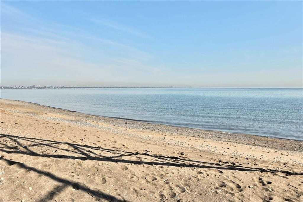 456 Beach Blvd, Hamilton X4585718